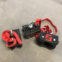 Конструкция с подвижными креплениями для мешков Fighttech FS7